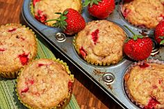 Dinners, Dishes, and Desserts: Strawberry Muffins