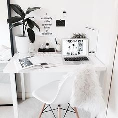 All white #workspacegoals + regram from @maddvv ☁️☁️ This workspace belongs to Madelene, a graphic design student with a beautiful blog! We think she's found the perfect minimalist white desk...so simple + stylish+ the inspo print is cool too Thanks Madelene for inspiring us with your crisp white workspace More
