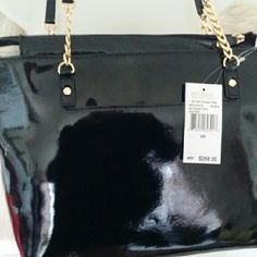 Michael Kors black patent leather tote Michael kors handbag nwt new bag in great condition Michael Kors Bags Shoulder Bags