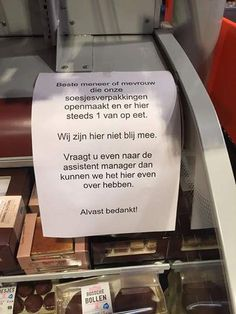 #Winkelhumor Mooi verpakt,maar ligt zwaar op de maag...