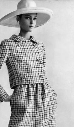 Photo by Gianni Penati, 1965, Benedetta Barzini Vogue.