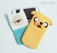 Funda para el movil Hora de aventura a crochet por LunaticparkEtsy, €5.00 cozy phone!