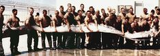 This 1996 photo shows U. servicemen with an oarfish found on the shore of the Pacific Ocean near San Diego, California. Oarfish of this size are extremely rare. The one pictured here was long and weighed 300 pounds. Weird Sea Creatures, Mythical Creatures, Scary Ocean, Goblin Shark, Oarfish, Pseudo Science, Giant Fish, Sea Serpent, The Embrace