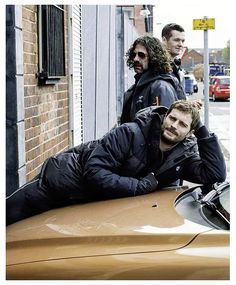 """""""It's not healthy to stay in that mindset. I like to have fun and make jokes that aren't funny to anyone but me.""""- Jamie Dornan"""