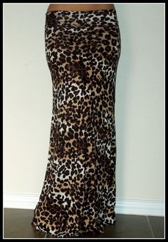 Leopard Maxi Skirt **need! Animal Print Outfits, Animal Print Fashion, Animal Prints, Leopard Maxi Skirts, Pretty Outfits, Cute Outfits, Spinach Pasta, Pasta Bake, Felicia