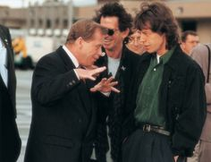 Vaclav Havel and Rolling Stones Rolling Stones, Uk Music, Press Photo, Rock N Roll, Personality, Rolls, Scene, Voodoo, Couple Photos