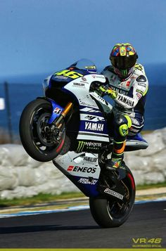 Valentino Rossi. Test Phillip Island 2014. The man is a walking, talking legend.
