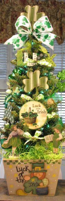 Luck of the Irish!  St Patrick's Day Tree.