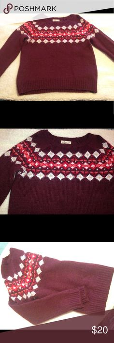 Hollister Sweater Cute burgundy sweater! Only wear once.  Excellent conditions :) Hollister Tops Sweatshirts & Hoodies