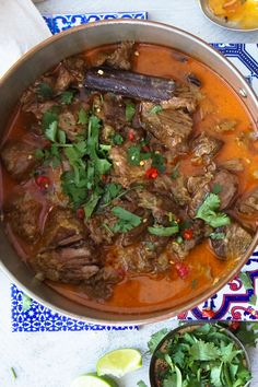 Ramp up your ordinary lamb curry. Lamb Recipes, Curry Recipes, Slow Cooker Recipes, Meat Recipes, Indian Food Recipes, Asian Recipes, Cooking Recipes, Lamb Dinner, Slow Cooker Pressure Cooker