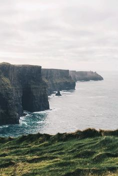 Beautiful view of Irish landscape, Wild Atlantic Way Ireland Places To Visit, Places To Go, Irish Landscape, Cliffs Of Moher, Wanderlust, Iceland Travel, Nature Images, Nice View, Beautiful Images