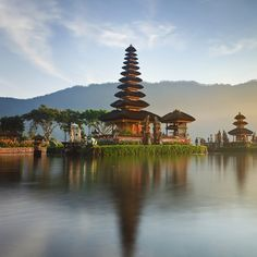 Discover #Bali and its numerous temples!  Ulun Danu Temple,Bali,Indonesia  #travel #temple #indonesia