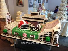 Kyle Field cake for the Texas A&M & Alabama Board of Regents event at George Bush Library by www.WhoMadeTheCake.com.