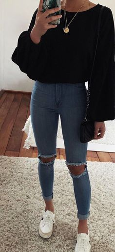 cute outfits with jeans ~ cute outfits . cute outfits for school . cute outfits for winter . cute outfits with leggings . cute outfits for school for highschool . cute outfits for women . cute outfits with jeans Hijab Casual, Trendy Summer Outfits, Cute Comfy Outfits, Winter Fashion Outfits, Casual Summer Outfits, Outfits For Teens, Fashion Tips, Ootd Fashion, Classy Fashion
