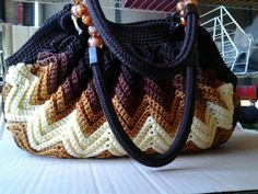 Crochet bag in browns...just a pic not pattern                              …
