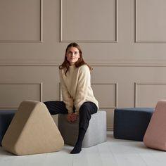 Triangular tuoli/rahi/pöytä - Innovation Living - Futonnetti.fi Innovation Living, Mocha, Indigo, Normcore, Beige, Store, Fashion, Moda, Indigo Dye