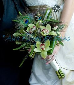 Peacock feather and orchid wedding bouquet. Love feathers and flowers in a bouquet! Feather Bouquet, Orchid Bouquet, Flower Bouquets, Purple Bouquets, Bouquet Wrap, Lily Bouquet, Hand Bouquet, Great Gatsby Wedding, Dream Wedding