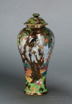 wedgewood fairyland vase