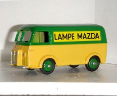 Dinky Toys - 25B Peugeot D3A Mazda