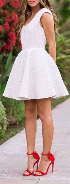 31 Popular & Hot White Outfit Ideas