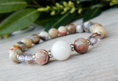 Agate Gemstone Bracelet - Softly Colored Beads with Positive Energy