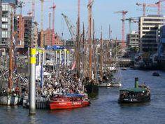 Traditionsschiffhafen im Sandtorhafen - HafenCity