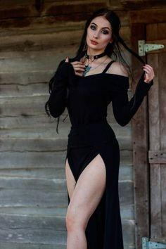 Gothic and Sexy Gothic Girls, Hot Goth Girls, Goth Beauty, Dark Beauty, Dark Fashion, Gothic Fashion, Latex Fashion, Goth Women, Sexy Women