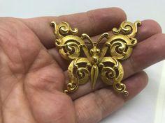 Vtg Signed Crown TRIFARI Butterfly BROOCH Pin Gold Tone Filigree #Trifari #Vintage