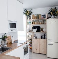 Top Tricks: Minimalist Bedroom Organization To Get minimalist kitchen concrete c. Top Tricks: Minimalist Bedroom Organization To Get minimalist kitchen concrete cabinets. Minimalist Kitchen Diy, Minimalist Bedroom Small, Interior Design Minimalist, Minimalist Decor, Modern Minimalist, Minimalist Christmas, Minimalist Living, Kitchen Ikea, Kitchen Decor