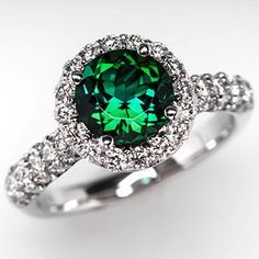 ++ Green Tourmaline Engagement Ring w/ Diamond Halo 18K White Gold ++