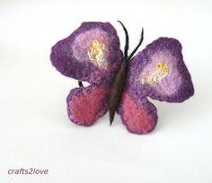 Lila Schmetterling Pferdeschwanz Inhaber. Filz von Crafts2Love, $12.00