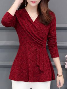 V Neck Patchwork Patchwork Blouses Get the latest womens fashion online With of new styles every day from dresses, onesies, heels, & coats, # Cheap Blouses, Blouses For Women, Women's Blouses, T Shirts For Women, Blouse Styles, Blouse Designs, Cheap Womens Tops, Shirt Bluse, Mode Online