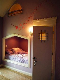 Kid's bedroom, we could totally do this in one of the rooms in our house! so awesome!!