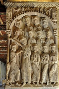 "Relief representing the ""Duda of St. Thomas"" in the monastery of Santo Domingo de Silos. Romanesque Sculpture, Romanesque Art, Romanesque Architecture, Architecture Images, Sacred Architecture, Church Architecture, Eslava, Ange Demon, Late Middle Ages"