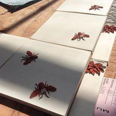 Bees!  #honeybee #madeforyou #tileaddiction #tilestyle #design #backsplash #handpainted #handmade #tile #ceramics by prattandlarson