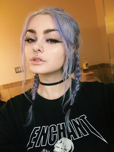 Pin By Celeste Maxwell On Hair In 2019 Edgy Makeup Grunge Edgy Hair Celeste Edgy Grunge Hair Makeup Maxwell Pin Edgy Makeup, Hair Makeup, Makeup Style, Style Grunge, Grunge Look, 90s Grunge, Soft Grunge, Make Up Looks, Aesthetic Makeup