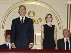 King Felipe and Queen Letizia light up Madrid's Royal Theatre grand opening