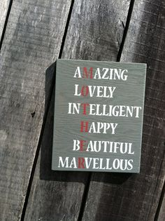 Mothers Day Wood Sign  MOTHER di WoodSandPaint su Etsy