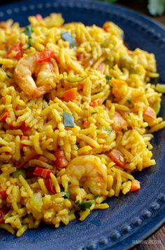 A simple tasty packed with flavour One Pan Syn Free Prawn and Vegetable Pilaf for an easy any day meal. | #glutenfree #shrimp #slimmingworld #weightwatchers #synfree #smartpoints #rice #pilaf #dairyfree
