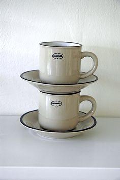 Enamel-look ceramic ESPRESSO CUP. Warm Grey