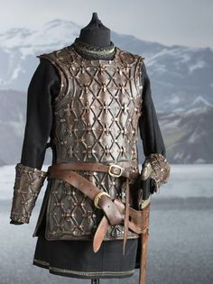 The History Channel's first scripted series reveals that Vikings wore bright clothes dyed with berry, vegetable, grass and made elaborate accessories. Viking Armor, Arm Armor, Medieval Armor, Viking Age, Medieval Fantasy, Larp, Elmo, Clothes Dye, Bright Clothes