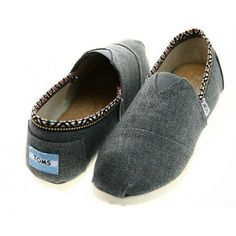 My new Toms shoes. Beautiful and comfortable.