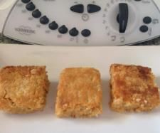 Recipe Anzac Slice by iThermo, learn to make this recipe easily in your kitchen machine and discover other Thermomix recipes in Baking - sweet. Lunch Box Recipes, My Recipes, Sweet Recipes, Cooking Recipes, Recipies, Thermomix Bread, Thermomix Desserts, Bellini Recipe, Rezepte