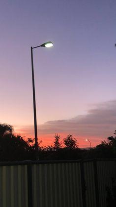 Sunsets are soooo beautiful✨