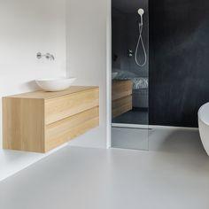 Bathroom Design Luxury, Modern Bathroom, Small Bathroom, Bathroom Inspiration, Interior Inspiration, Bathroom Toilets, Scandinavian Interior, Beautiful Bathrooms, Bathtub
