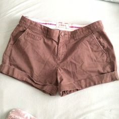 """Brown Shorts Old Navy Perfect 5"""" shorts. Brown. Good condition. Low rise Old Navy Shorts"""