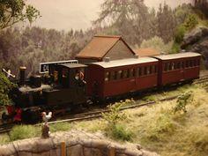 Michael's Model Railways: April 2010