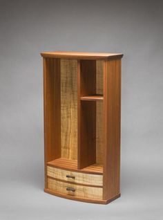 RW Display Cabinet | Northwest Woodworkers Gallery