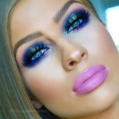 """New look ✨ purples, blues & greens ✨ Details below: Brows @sigmabeauty Brow Pencil & Powder. Eyeshadows @morphebrushes 35P palette, 35U, &…"""