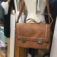 Hue Cocotte sur Instagram: Sac quadrille de sacotin ,modèle large en simili cuir fauve et bouclerie la mercerie des créateurs…